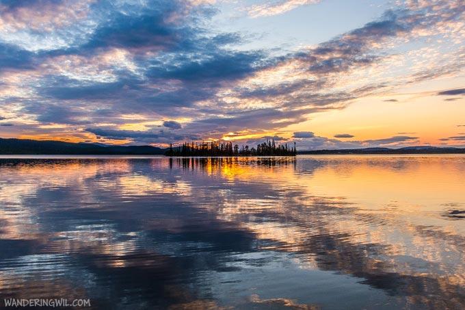 tramonto-riflesso-lago-WanderingWil