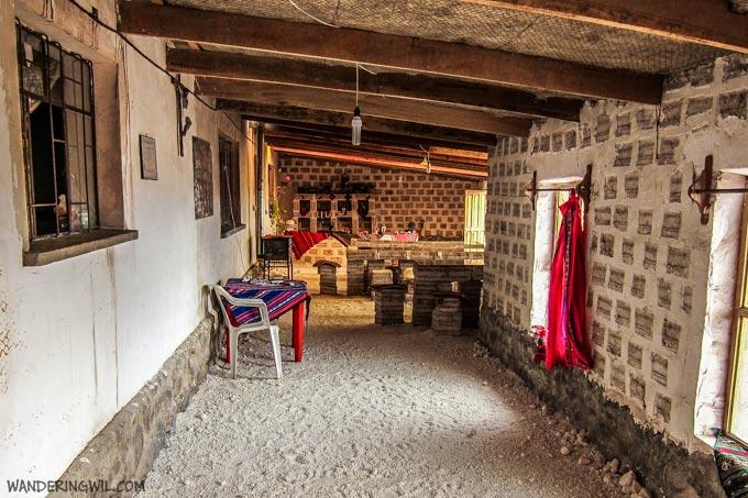 albergo-sale-bolivia-wandering-wil