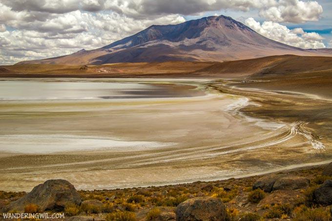 laguna-bolivia-wandering-wil