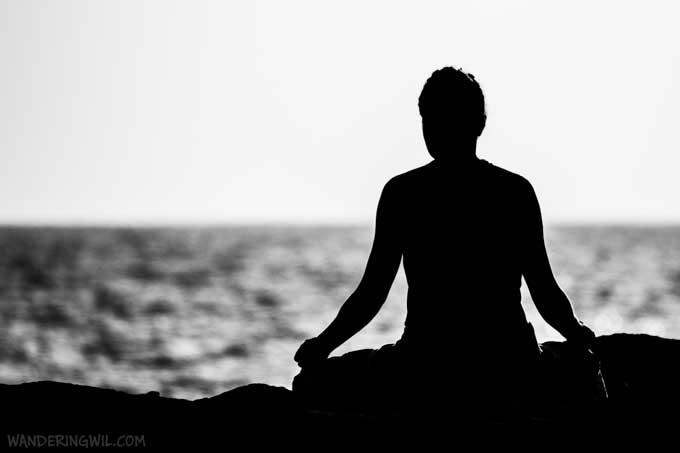 meditazione-bianco-nero-wandering-wil