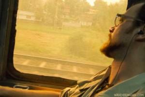 india-treno-wandering-wil